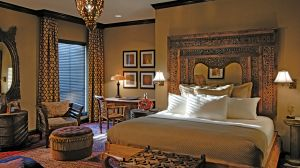themed design rooms and suites at luxury hotels resorts ands inns