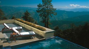 private plunge pools at luxury hotels, resorts and inns