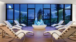 spas at luxury hotels, resorts and inns